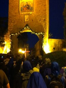 Porta-Santa-Divine-Love-Servidoras